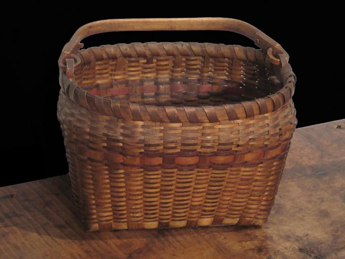 Swing-Handle Splint Basket