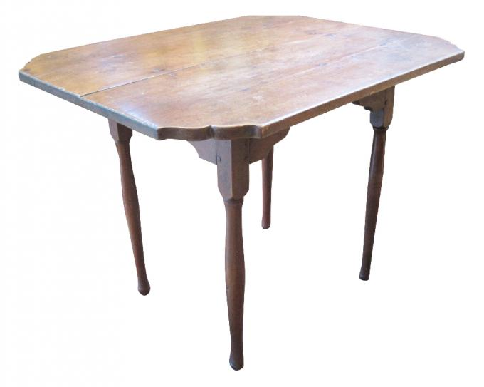 Queen Anne Maple Tavern Table