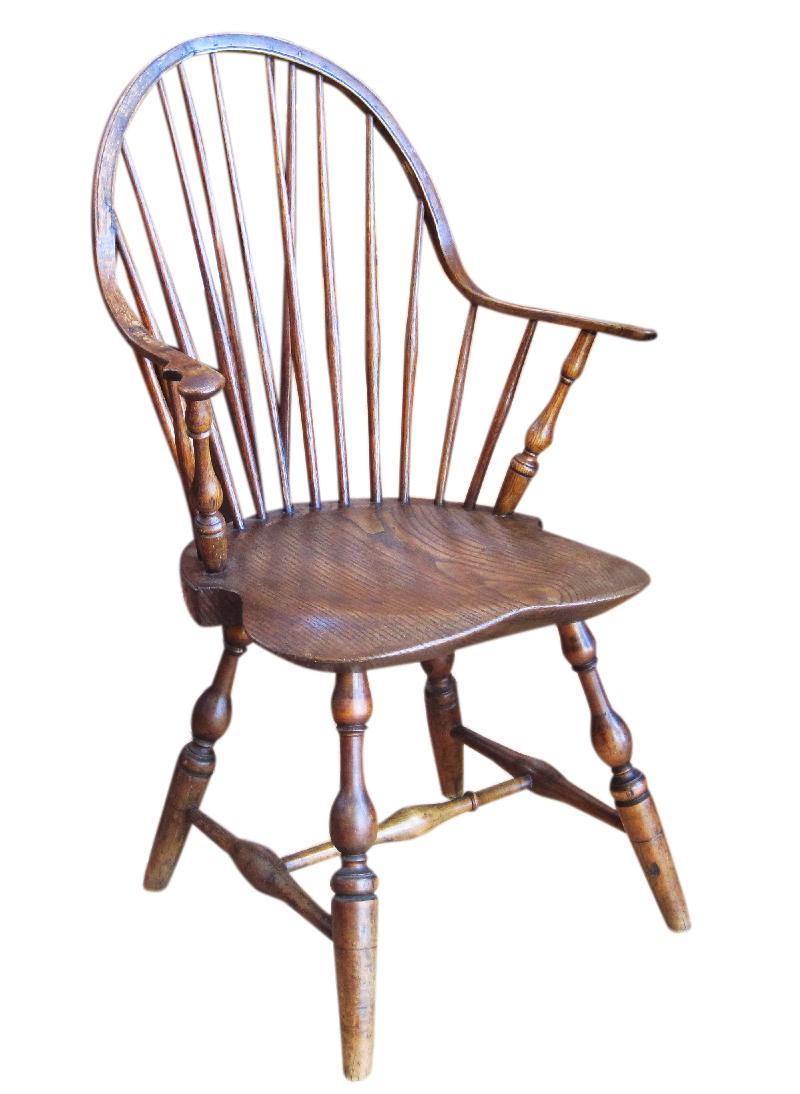 Continuous Arm Brace Back Windsor Chair