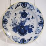 Delft Charger w/Yellow Border